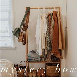 5 Piece Reseller Mystery Box
